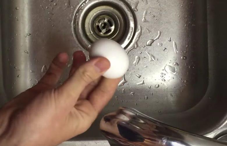 egg peel trick
